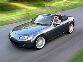 Mazda MX-5 se bude inspirovat šestkou: titulní fotka