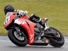 M. Schumacher spadl při motocyklových závodech: titulní fotka