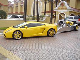 Lamborghini Gallardo s tažným zařízením: titulní fotka