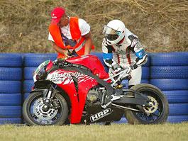 M. Schumacher opět spadl z motorky: titulní fotka