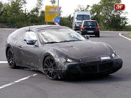 Spy Photos: Maserati Spider: titulní fotka