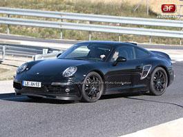Spy Photos: Porsche 911 - že by generace 998?: titulní fotka