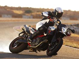 KTM news 2009 - pravý supersport a cestovní motard: titulní fotka