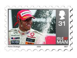 Lewis Hamilton už je i na známce!: titulní fotka
