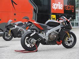 Aprilia a Moto Guzzi zve na výstavu MOTOCYKL 2009: titulní fotka