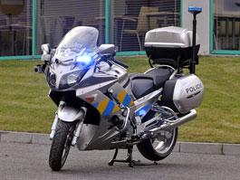 Policejní Yamaha FJR1300A a FZ6 S2 Fazer již v provozu: titulní fotka