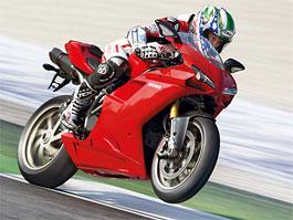 Vyzkoušejte si motocykl Ducati: titulní fotka