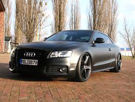 Audi A5 Coupé by AVUS: Matte Black: titulní fotka