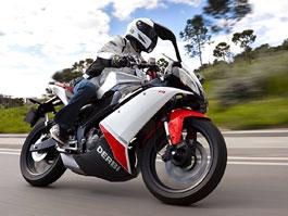 Derbi GPR 125 4T - sportovní motorka pro 16tileté bikery: titulní fotka