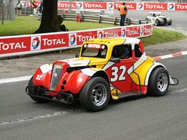 Legends Cars Cup – pekelně rychlé závody retro aut v Pau: titulní fotka