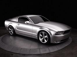 Ford Mustang 45th Anniversary Iacocca Silver Edition: Narozeninový dárek: titulní fotka