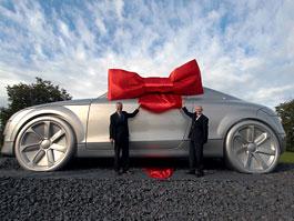 Audi TT s pohotovostní hmotností 10 tun: titulní fotka