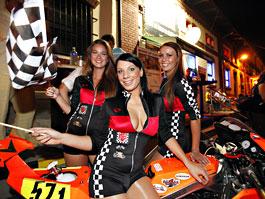 Grand Prix MOTO GP: warm up party jak má být (fotogalerie): titulní fotka