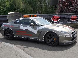 Nissan GT-R na Nürburgringu: rekordman záchranář: titulní fotka