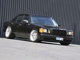 Mercedes-Benz 560SE: Inden Design vzpomíná na minulost: titulní fotka