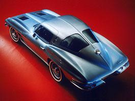 Corvette: dělené zadní okno pro novou generaci: titulní fotka