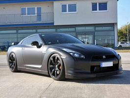 Nissan GT-R: matná černá od Avus Performance: titulní fotka