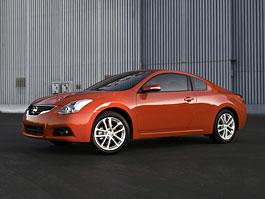 Nissan Altima Coupe facelift - omlazení japonské fešandy: titulní fotka