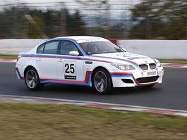 BMW M5 CSL: 580 koní pro legendu: titulní fotka