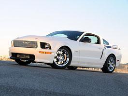 Shelby Turbo: přeplňování pro starší Mustangy GT: titulní fotka
