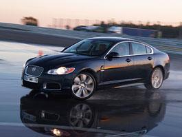 Jaguar R Performance Academy: silné stroje chtějí tvrdou ruku: titulní fotka