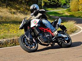 Moto Morini Granferro: velké italské Supermoto: titulní fotka