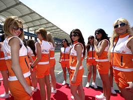 F1 Babes 2009: Díl první: titulní fotka