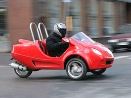Scoot Coupe: kříženec skútru s autem z Floridy: titulní fotka
