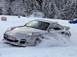 KSA zve na Snow Driving Experience 2010: titulní fotka