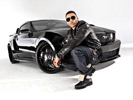 Rapper Nelly a jeho Mustang GT 2011: široký krasavec: titulní fotka
