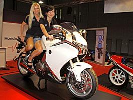 Reportáž z výstavy MOTOSALON 2010: titulní fotka
