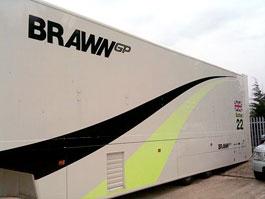 Bývalé návěsy týmu Brawn GP byly na prodej: titulní fotka