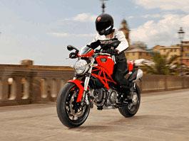 Ducati Monster 796 - třetí brácha do rodiny: titulní fotka