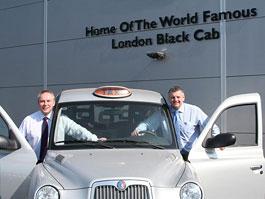 London Taxi International: propagační jízda z Varšavy do Kyjeva: titulní fotka