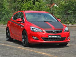 Irmscher Astra i1600: silnější, nižší, červená: titulní fotka