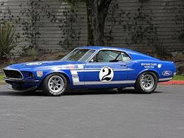 Ford Mustang BOSS 302: závodní speciál pro Trans Am z roku 1969: titulní fotka