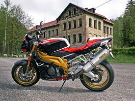 Reportáž - Aprilia a Moto Guzzi den 2010: titulní fotka