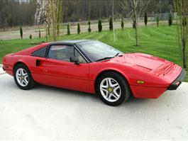 Automobilový zločin: Ferrari 308 GTSi s motorem z Pontiacu Fiero: titulní fotka