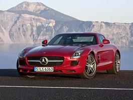 Mercedes-Benz SLS AMG: pochází z vývoje nového Dodge Viper: titulní fotka