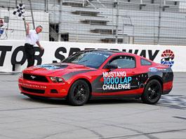 Ford Mustang V6: 1250 km na jednu nádrž paliva: titulní fotka