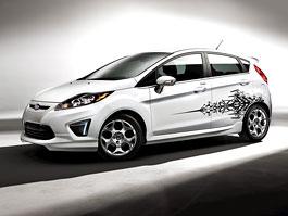 Ford Fiesta po americku: bodykity a polepy: titulní fotka