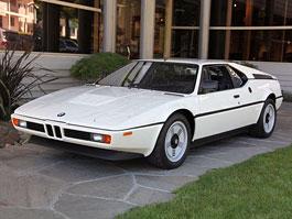 BMW M1 s pouhými 26.999 mílemi na prodej: titulní fotka