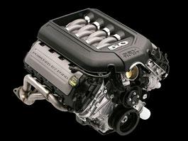 Ford Racing nabízí pětilitrový osmiválec z Mustangu GT: titulní fotka