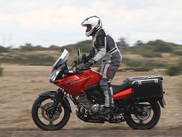 Suzuki DL 650 V-Strom Xpedition – Adventure po japonsku: titulní fotka