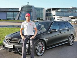 Jenson Button má kombi Mercedes C63 AMG DR 520: titulní fotka