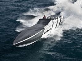 Mercedes-Benz SLS AMG inspirací pro motorový člun Cigarette Racing: titulní fotka