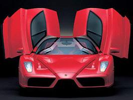 Nástupce Ferrari Enzo bude také hybrid: titulní fotka