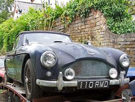 Aston Martin DB2/4 Mk III: zrezlý kabriolet vydražen za 206 866 liber: titulní fotka