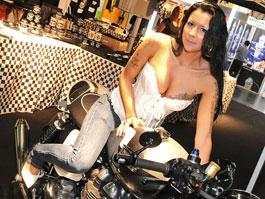 Intermot 2010: modelky: titulní fotka