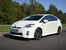 Toyota Prius Generation X: tovární tuning pro Británii: titulní fotka
